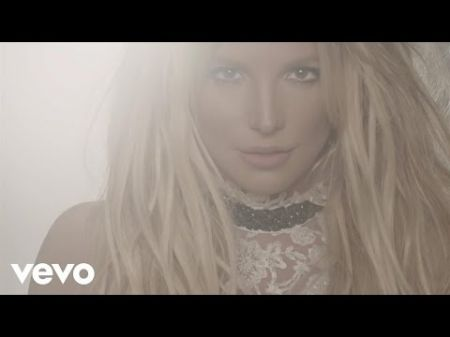 Britney Spears earns 10th Dance Club chart topper with 'Make Me...'