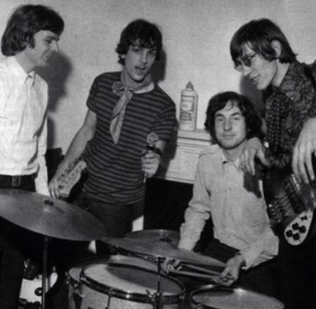 Pink Floyd in the mid 60s from left to right: Roger Waters, Nick Mason, Syd Barrett, Richard Wright