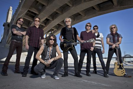 Foreigner to release biography, 'A Foreigner's Tale,' in 2017