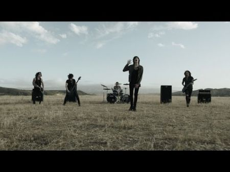 Asking Alexandria welcomes back former frontman