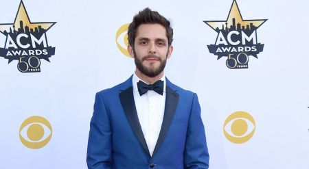 Thomas Rhett re-releases Deluxe Edition of 'Tangled Up'
