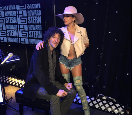 Lady Gaga performed songs from her new album Joanneon the Howard Stern Show on Monday (Oct. 24).
