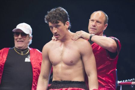 Movie review: 'Bleed for This' doesn't cut deep enough