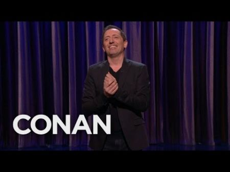 Gad Elmaleh to team-up with Netflix on two new comedy specials