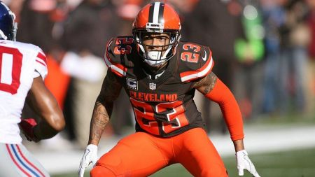 The Cleveland Browns have announced that DB Joe Haden has been voted by his teammates to receive the 2016 Ed Block Courage Award.