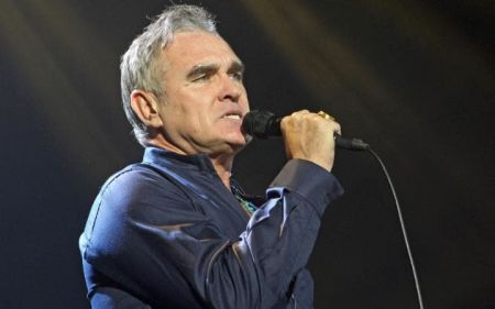 Morrissey has canceled the remaining six dates on his 2016 world tour, citing poor financial planning from 360 Management.