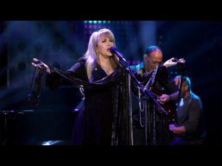Stevie Nicks extends 24 Karat Gold Tour with 2017 U.S. spring dates
