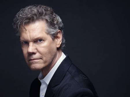 Randy Travis to be honored with 2017 tribute concert.