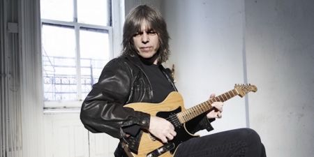 History was made at Seattle's award-winning Jazz Alley Tuesday night, as six-time, Grammy-nominated guitarist Mike Stern and Modern Drummer