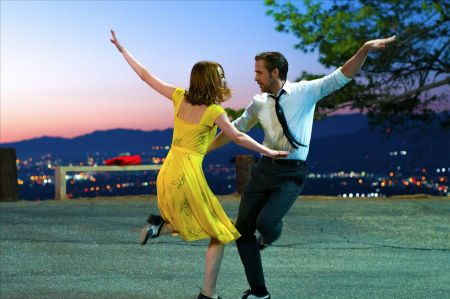 Movie review: 'La La Land,' 'Jackie' and some movie called 'Rogue One' head to theaters this weekend, Dec 16