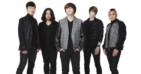 Exclusive Premiere: South Korean rock band, YB, debut single 'Dreamer'