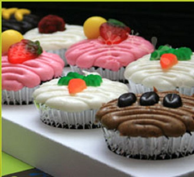 mad hatter cupcakes - photo #36