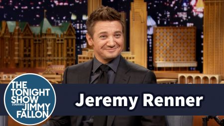 Jeremy Renner to make rare convention appearance at Wizard ...